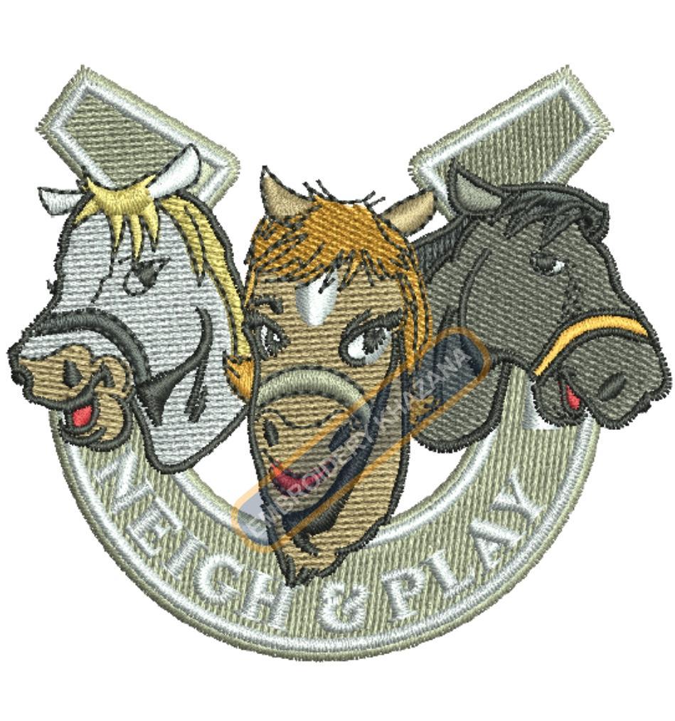 three horse face